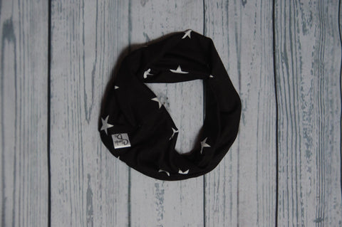 Drool Cowls - Black and White Stars