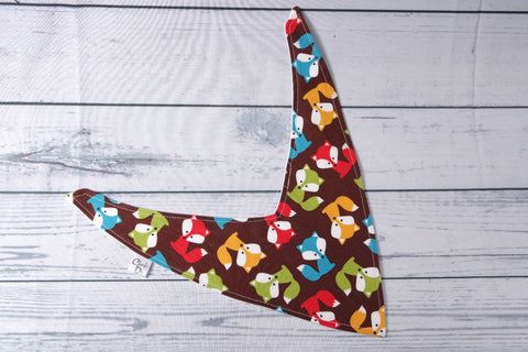Bandana Bib - Brown Floxes