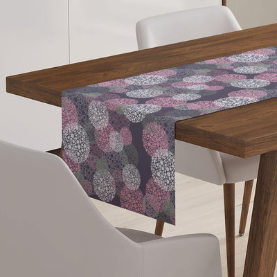 Abstract Modern Table Runner-W.FRANCIS