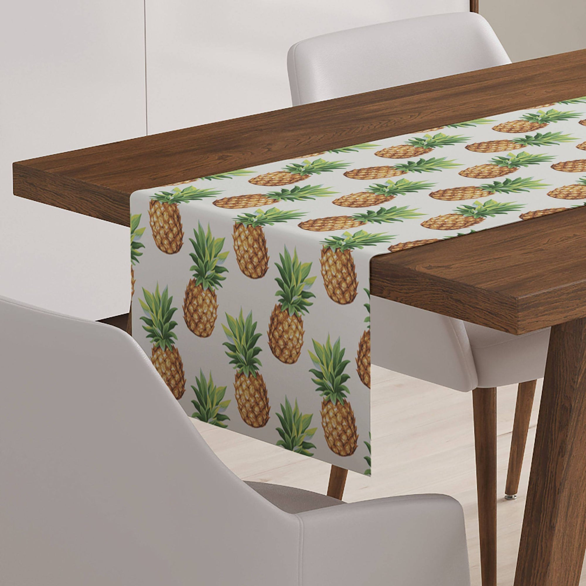 Colonial Pineapple Table Runner-W.FRANCIS