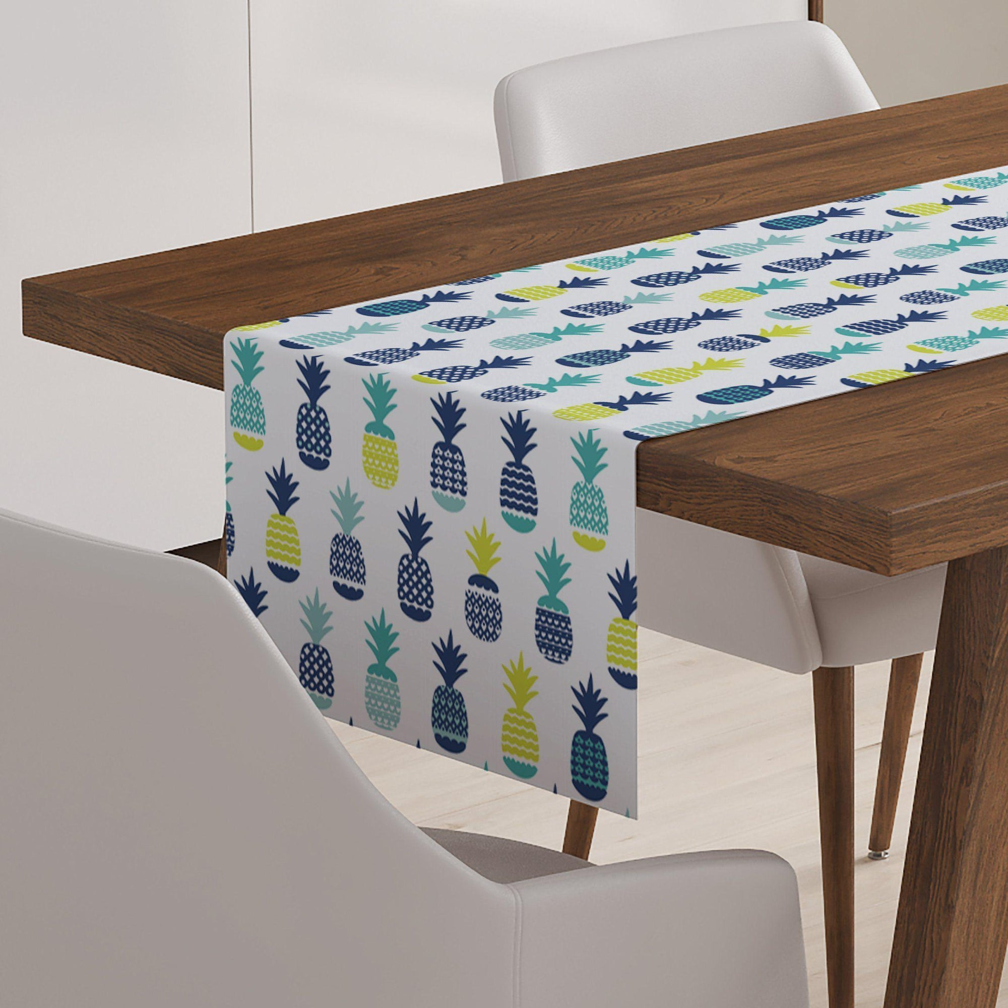 Pineapple Table Runner-W.FRANCIS