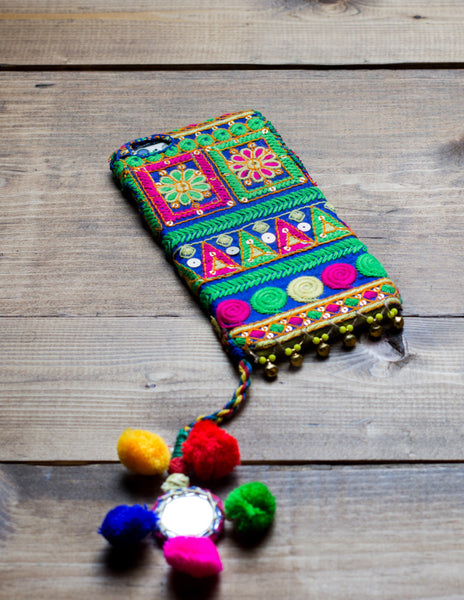 SAPPHIRE - Embroidered iPhone Cover