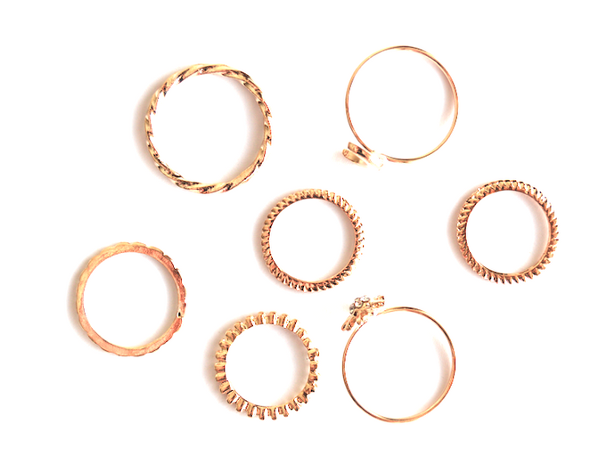 Dainty Gold Ring Set (7 pieces)