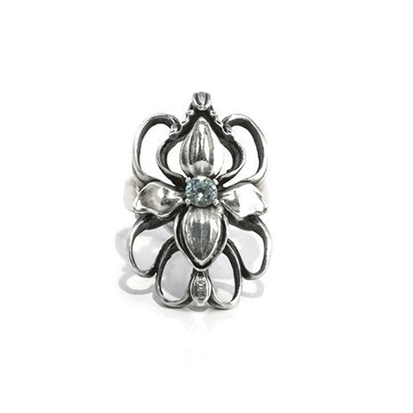Floral Loops - Silver flower ring with Aquamarine