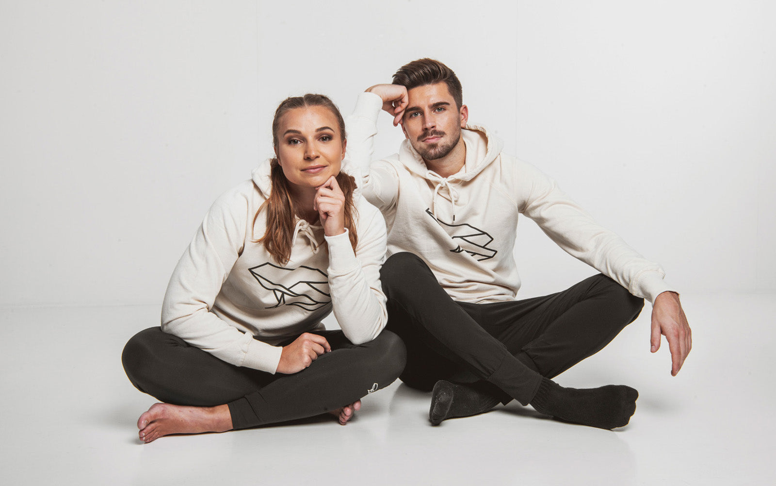 Népra's soft and comfy lazywear collection made together with Pure Waste