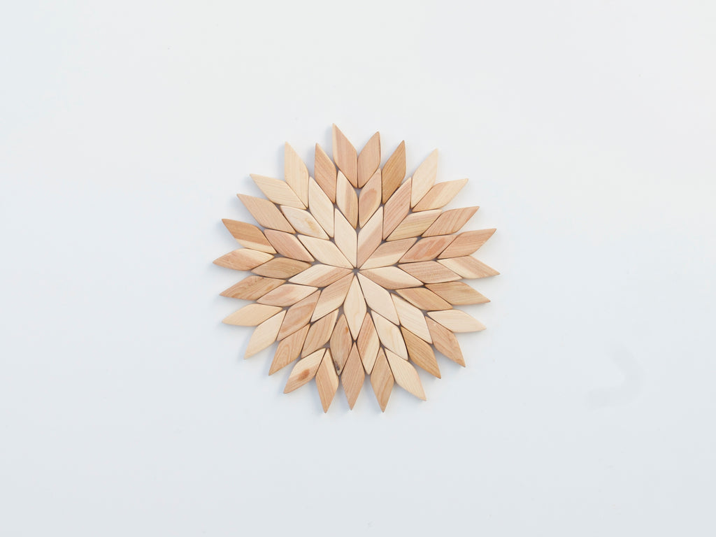 Juniper Wood Trivet Star (medium)