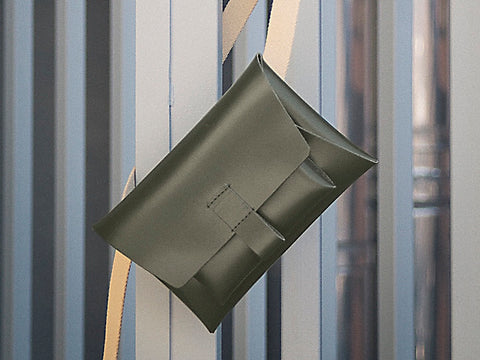 Deren Kangaroo Belt Bag - Dark Green