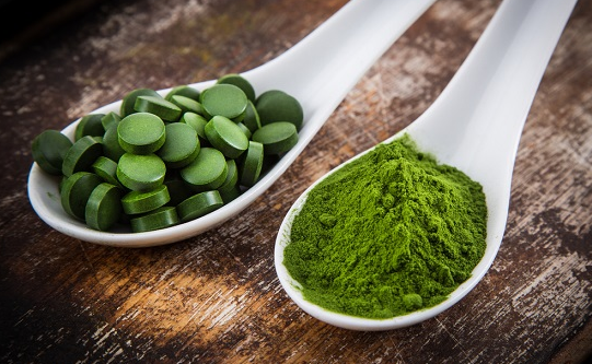 Does spirulina aid with weight loss?