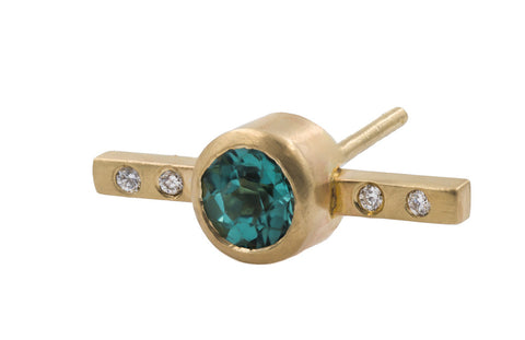 Bezel Bar Stud - Yellow Gold