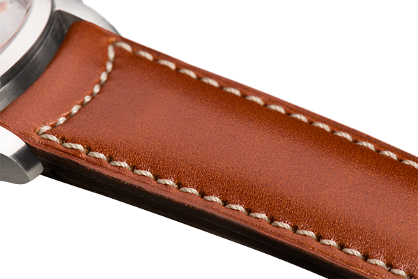 Classic: gold eco calfskin - natural stitching -  Wriststrap - Raidillon