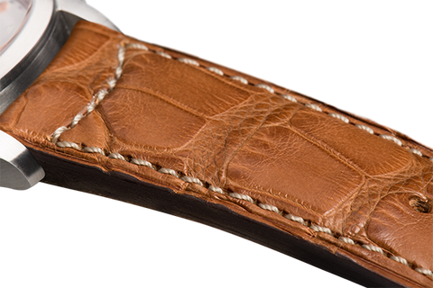 Classic: gold Louisiana alligator - natural stitching -  Wriststrap - Raidillon