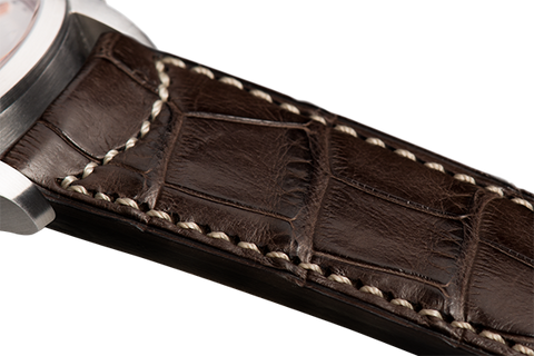 Classic: brown Louisiana alligator - natural stitching
