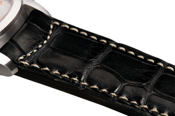 Classic: black Louisiana alligator - natural stitching -  Wriststrap - Raidillon