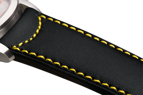 Classic: black eco calfskin - yellow stitching -  Wriststrap - Raidillon