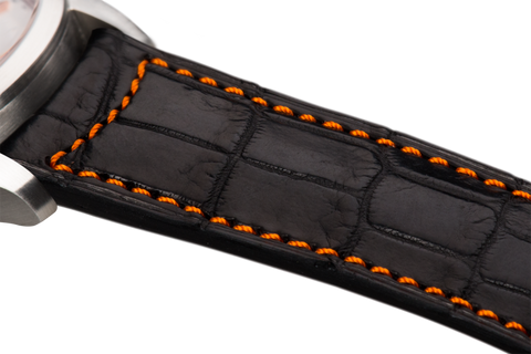 Classic: black Louisiana alligator - orange stitching -  Wriststrap - Raidillon