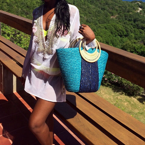 Straw beach bag in blue