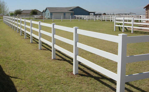 White Vinyl 3-Rail Ranch Rail Fencing