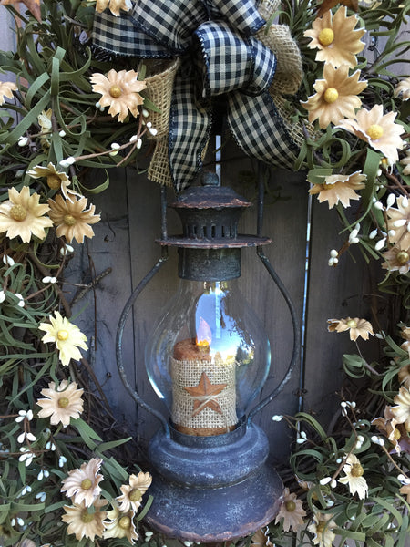 "20"" Tea-Stained Daisy Wreath with Lantern"