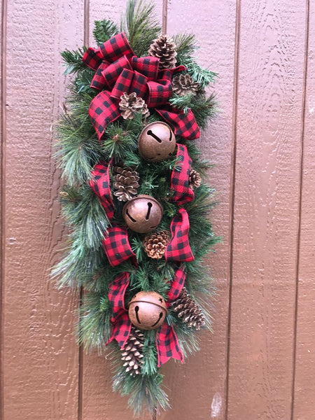 Buffalo Plaid Christmas Tear Drop