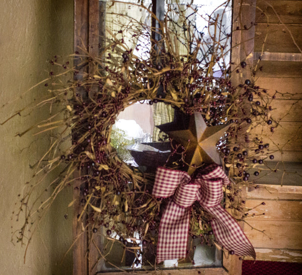 Country Rusty Star Wreath