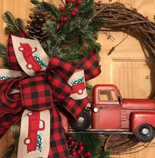 Metal Truck Wreath