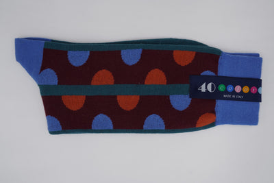 Bild von Socken 'Discontinued Dots on Dark Red' von '40 Colori' aus 80% Baumwolle, 12% Nylon, 8% Elastan