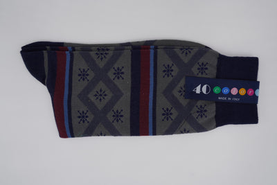 Bild von Socken 'Graphics and Stripes on Dark Blue' von '40 Colori' aus 51% Bio Baumwolle, 34% Leinen, 8% Nylon, 7% Elastan