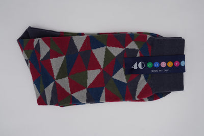 Bild von Socken 'Red, Blue, White, Green and Grey Triangles' von '40 Colori' aus 80% Baumwolle, 12% Nylon, 8% Elastan