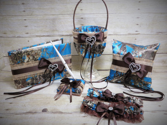 True Timber Blue Camo Wedding Set with Burlap and Satin Bows