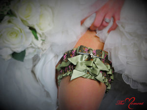 Deer Head Camo Garter Set