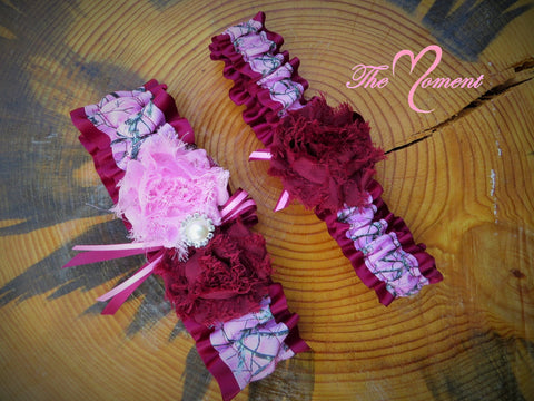 Pink Camo Garter with Deep Red