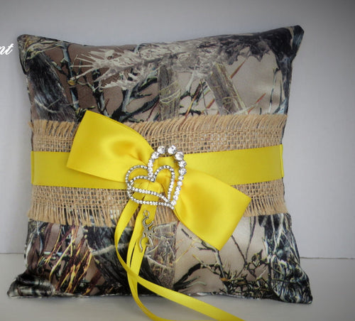 Buralp Brown Camo Ring Bearer Pillow, Yellow and Camo