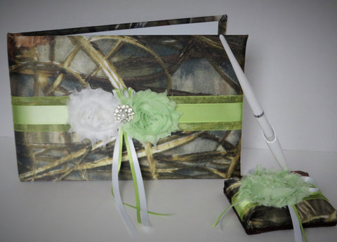 Realtree Camo Guest Book and Pen Set