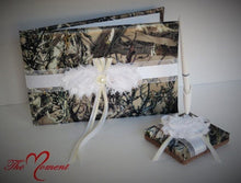 Load image into Gallery viewer, Camo Pen Set with White, True Timber Camo Wedding Guest Book Pen