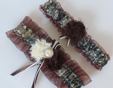 Brown Camo Garter Set