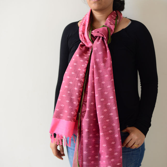 pink handwoven ikat scarf/stole/dupatta sustainable textiles, ecofriendly, odisha, sambalpuri, bordered, kumbha