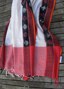 Taash, white, cotton, sambalpur, odisha, stole, spade, club, heart, diamond, red, black,