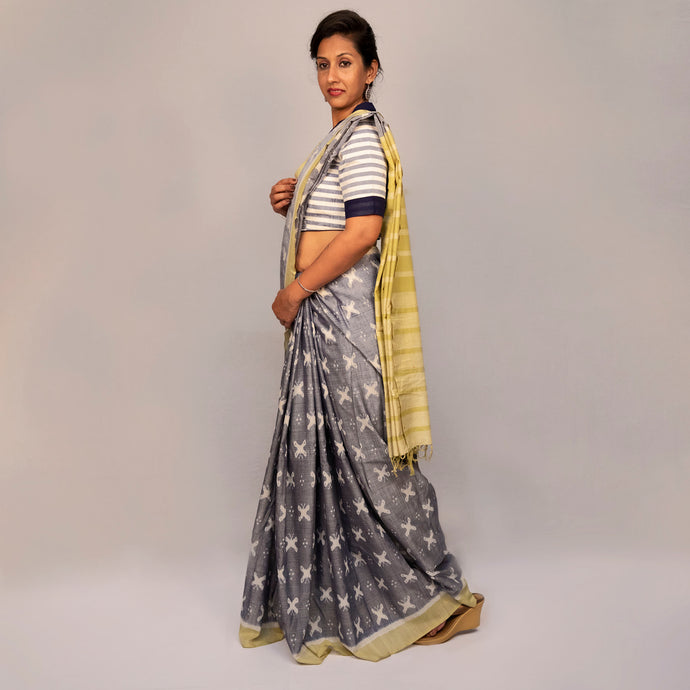 Titlee Cloudy blue Ikat Saree