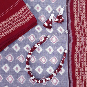 Taash Diamonds Gray Ikat Saree Gift Set
