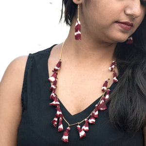 tassel, ikat, chain. earrings, gift, accessories, sambalpuri, odisha, yarn jewelry, cotton, maroon, festive, necklace fashion, trendy, fashion jewelry