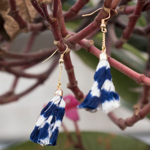 tassel, ikat, chain. earrings, gift, accessories, sambalpuri, odisha, yarn jewelry, cotton, blue, festive, necklace fashion, trendy, fashion jewelry
