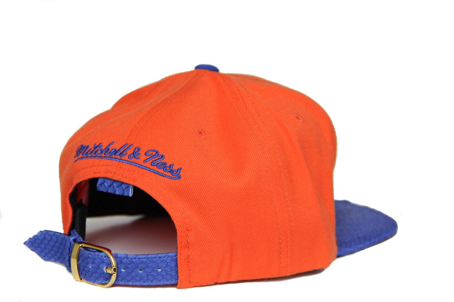 HATSURGEON x Mitchell & Ness New York Knicks XL Logo Strapback