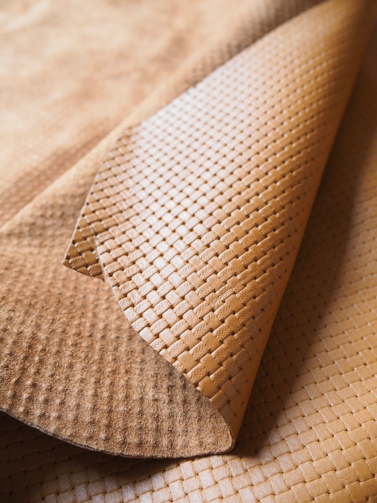 Embossed Tan Basketweave Cow Hide Leather, 100 x 70cm (106)