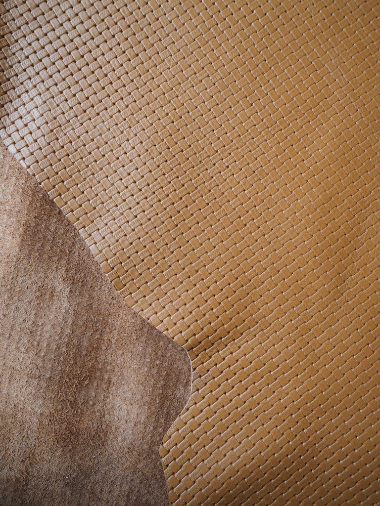 Embossed Tan Basketweave Cow Hide Leather, 130 x 100cm (113)