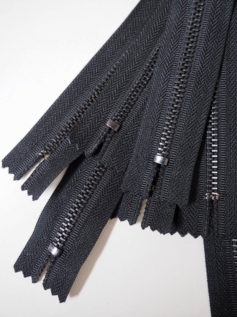 29cm/11.5inch Metal Teeth Closed End Black Zips