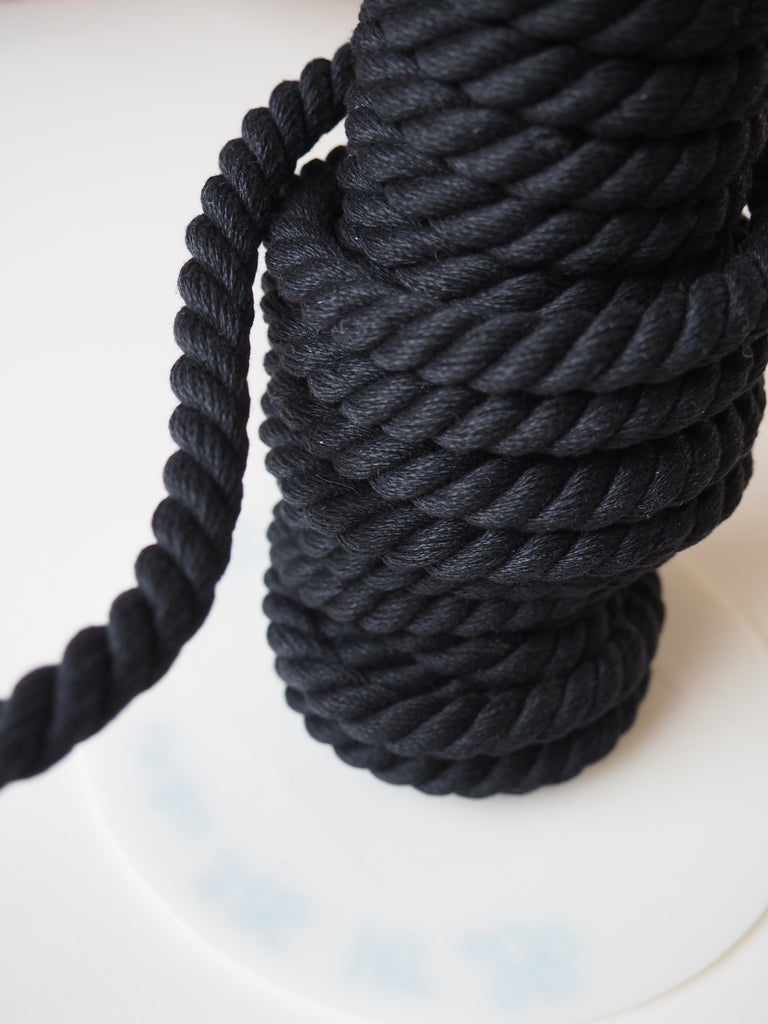 Black Twisted Cord 12mm