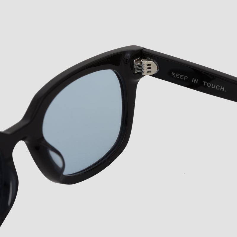 Detail shot of Chess Club Tian Blue Sunglasses