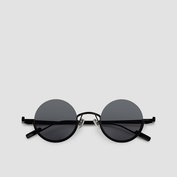 Front View of Desierto Black-Black Sunglasses