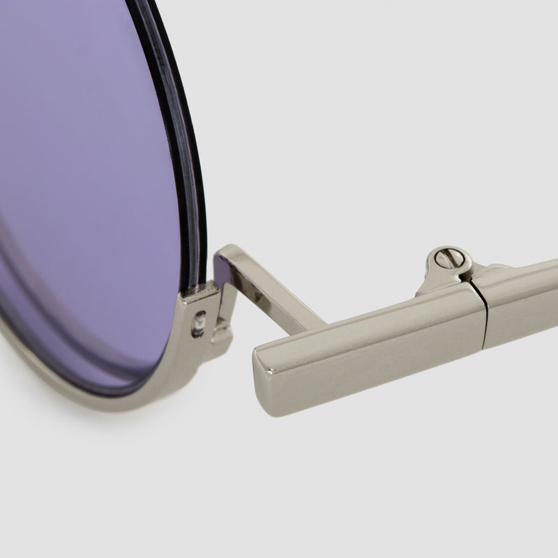 Detail shot of Desierto Lavender Sunglasses