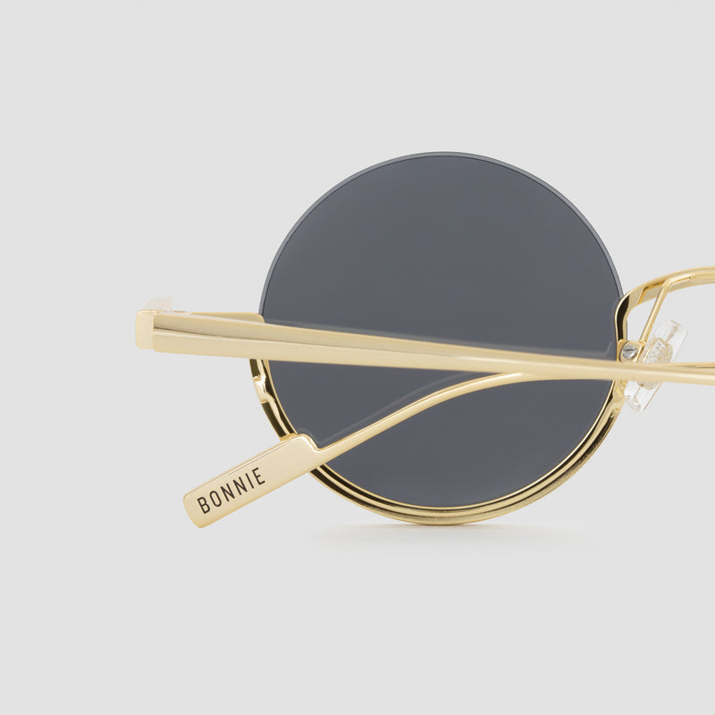 Detail shot of Desierto Last Throne Sunglasses